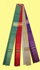 handgewebte Stola mit Lurexeinwebungen. Material 55% Trevira / 45% Schurwolle. Art.-Nr. 053-8
